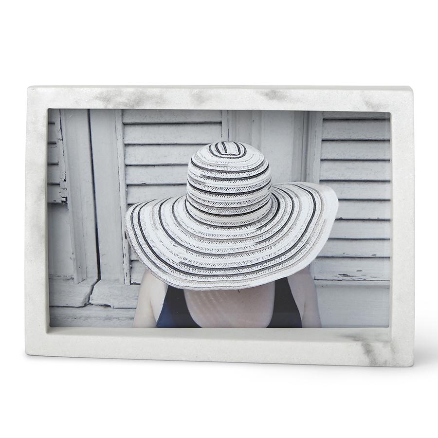 Inmyroom | Рамка для фотографий Edge 10х15 белого цвета | Clouty