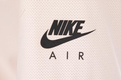 NIKE | Футболка женская Nike Air | Clouty