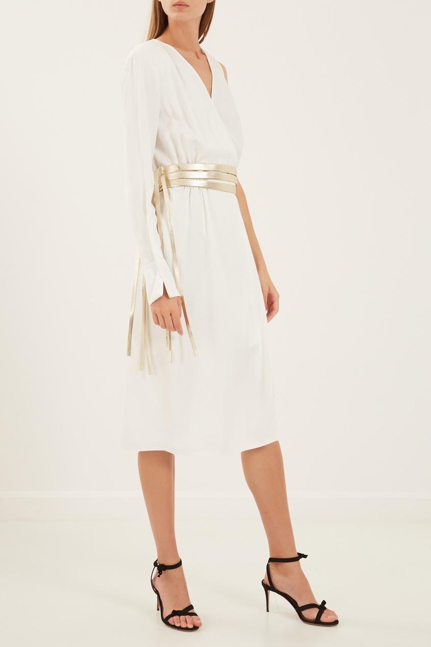 Elisabetta Franchi   белый Асимметричное платье с золотистым поясом   Clouty