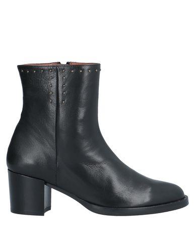 Hispanitas | Черный Женские черные полусапоги и высокие ботинки HISPANITAS аппликации из металла | Clouty