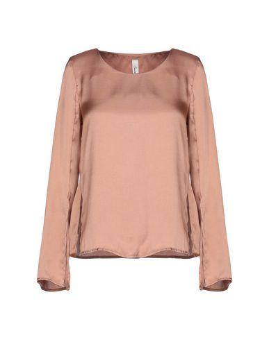 Souvenir   Светло-коричневый Женская блузка SOUVENIR Атлас   Clouty