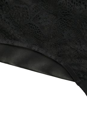 Wacoal | Wacoal Woman Tt Plunge Lace-paneled Stretch-mesh Mid-rise Briefs Black | Clouty