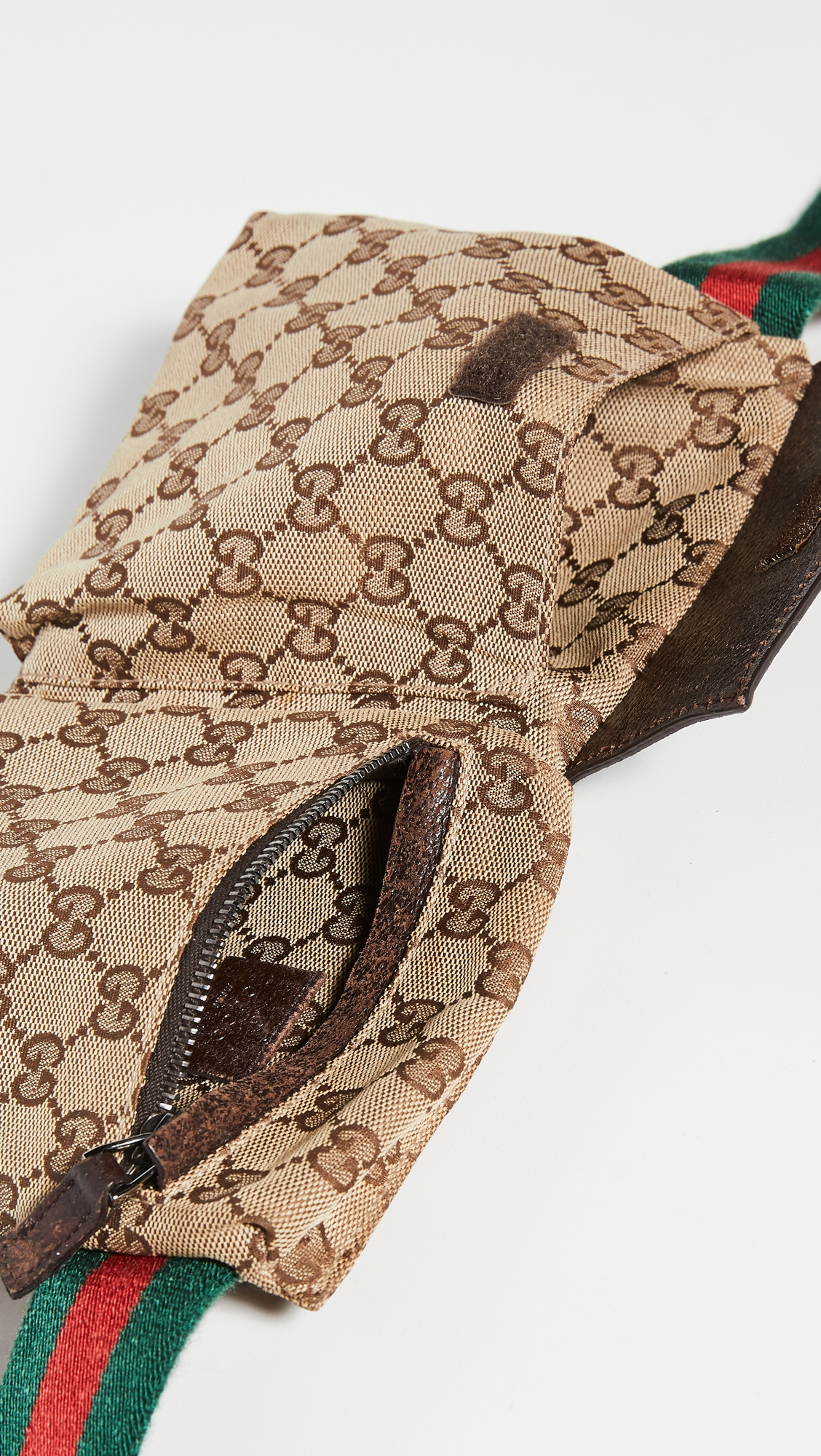 What Goes Around Comes Around   What Goes Around Comes Around Gucci Waist Pouch (Previously Owned)   Clouty