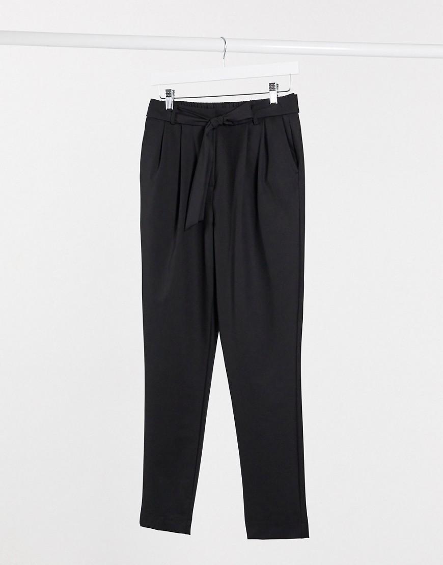 Selected | Черные брюки строгого кроя с завязками Selected-Чepный | Clouty