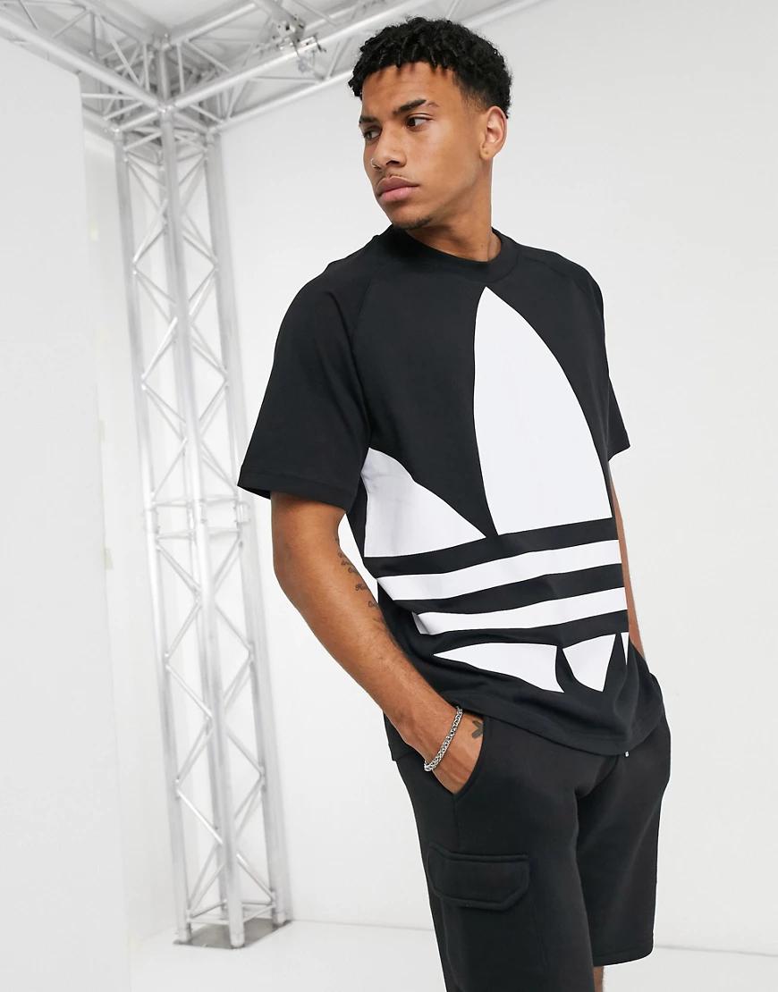adidas Originals   Чернаяфутболкас большим логотипом-трилистником adidas Originals-Чepный   Clouty