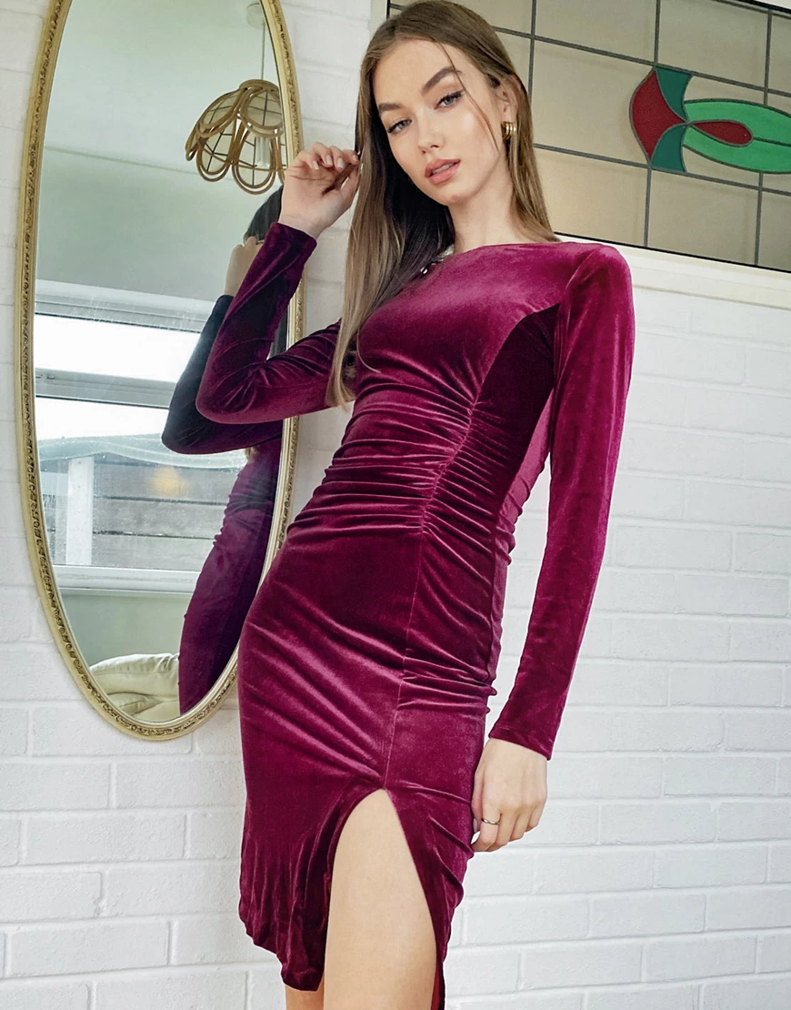 Style Cheat | Бархатное платье миди ягодного цвета со сборками по бокам Style Сhеаt-Красный | Clouty