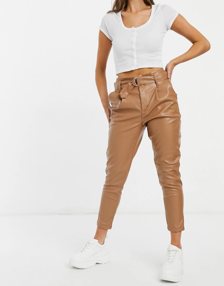 JDY   Бежевые суженные книзу брюки из искусственной кожи с поясом JDY-Коричневый   Clouty