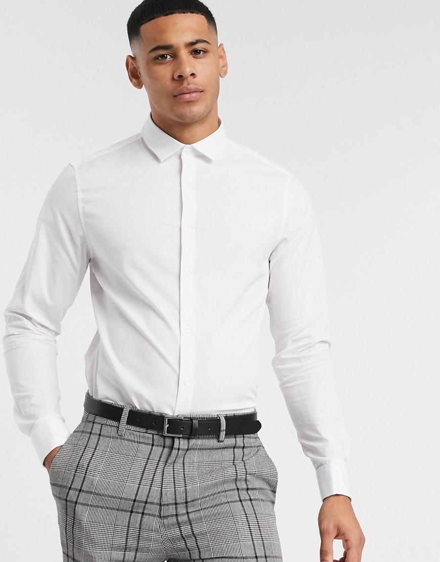 ASOS DESIGN | Белая приталенная рубашка с двойными манжетами ASOS DESIGN-Бeлый | Clouty