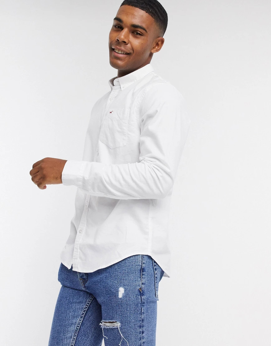 Hollister | Белая узкая оксфордская рубашка с логотипомHollister-Бeлый | Clouty
