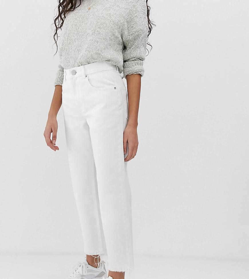 ASOS DESIGN | Белые прямые джинсы ASOS DESIGN Petite Florence-Бeлый | Clouty