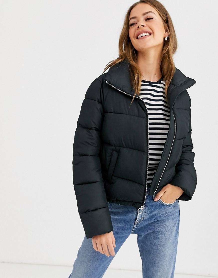 Hollister | Дутая куртка Hollister-Чepный | Clouty