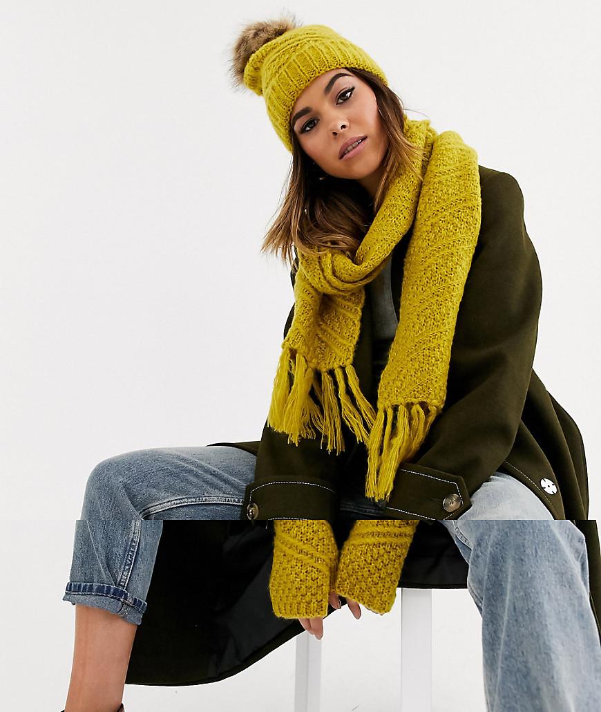 Коричневато-желтый вязаный подарочный набор из 3 предметов (шапка, шарф,  перчатки) Boardmans CL000028559139 - цена 2090 руб., купить на Clouty.ru