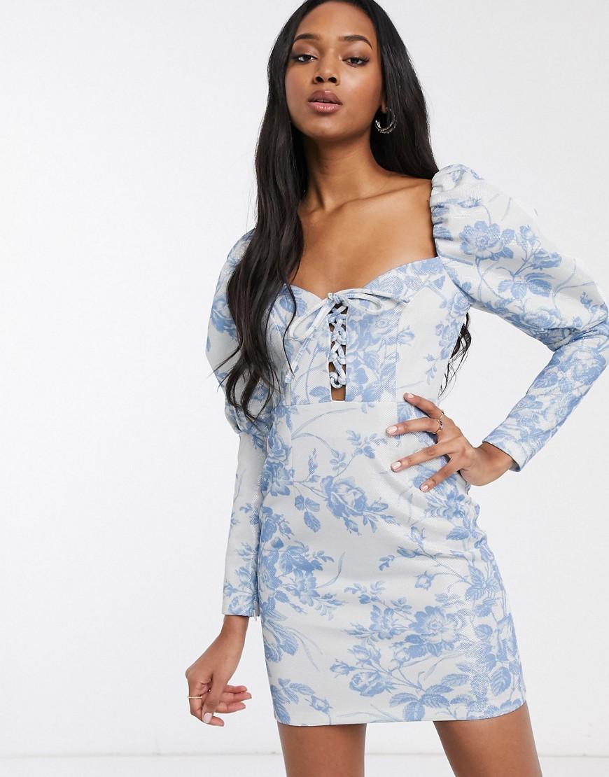 ASOS DESIGN | Облегающее платье мини с пышными рукавами, шнуровкой и цветочным принтом металлик ASOS DЕSIGN-Многоцветный | Clouty