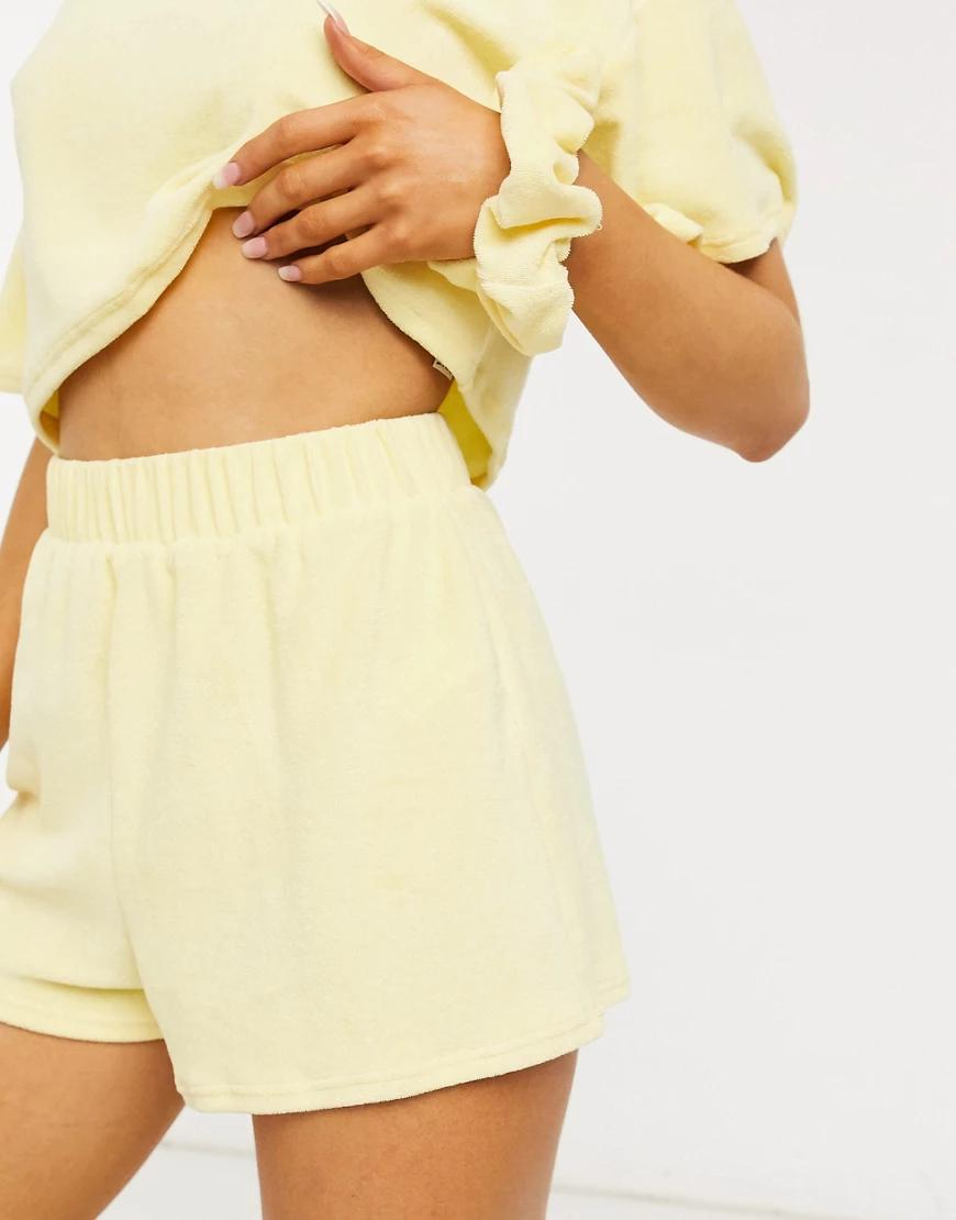 ASOS DESIGN | Махровые шорты лимонного цвета ASOS DESIGN mix & mаtсh-Желтый | Clouty