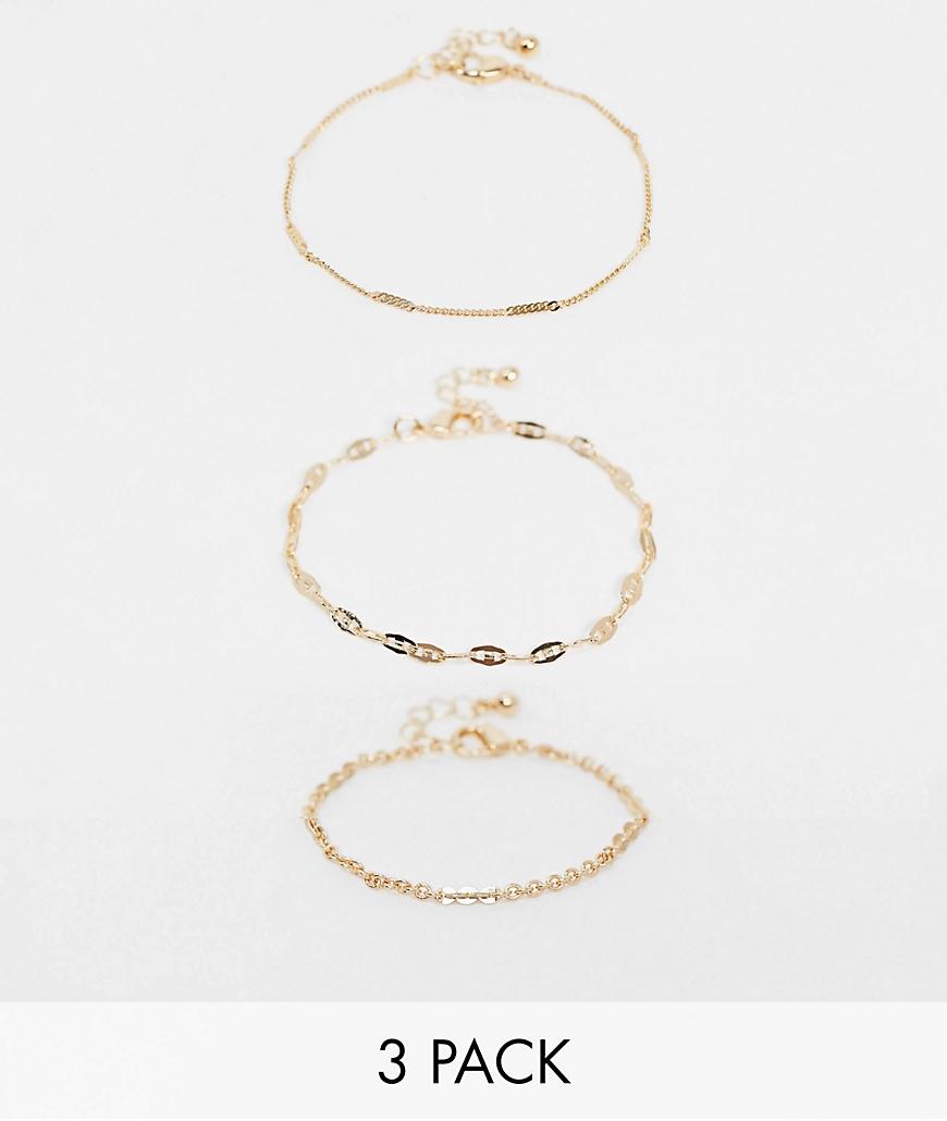 ASOS DESIGN | Набор из 3 золотистых браслетов ASOS DЕSIGN-Золотой | Clouty