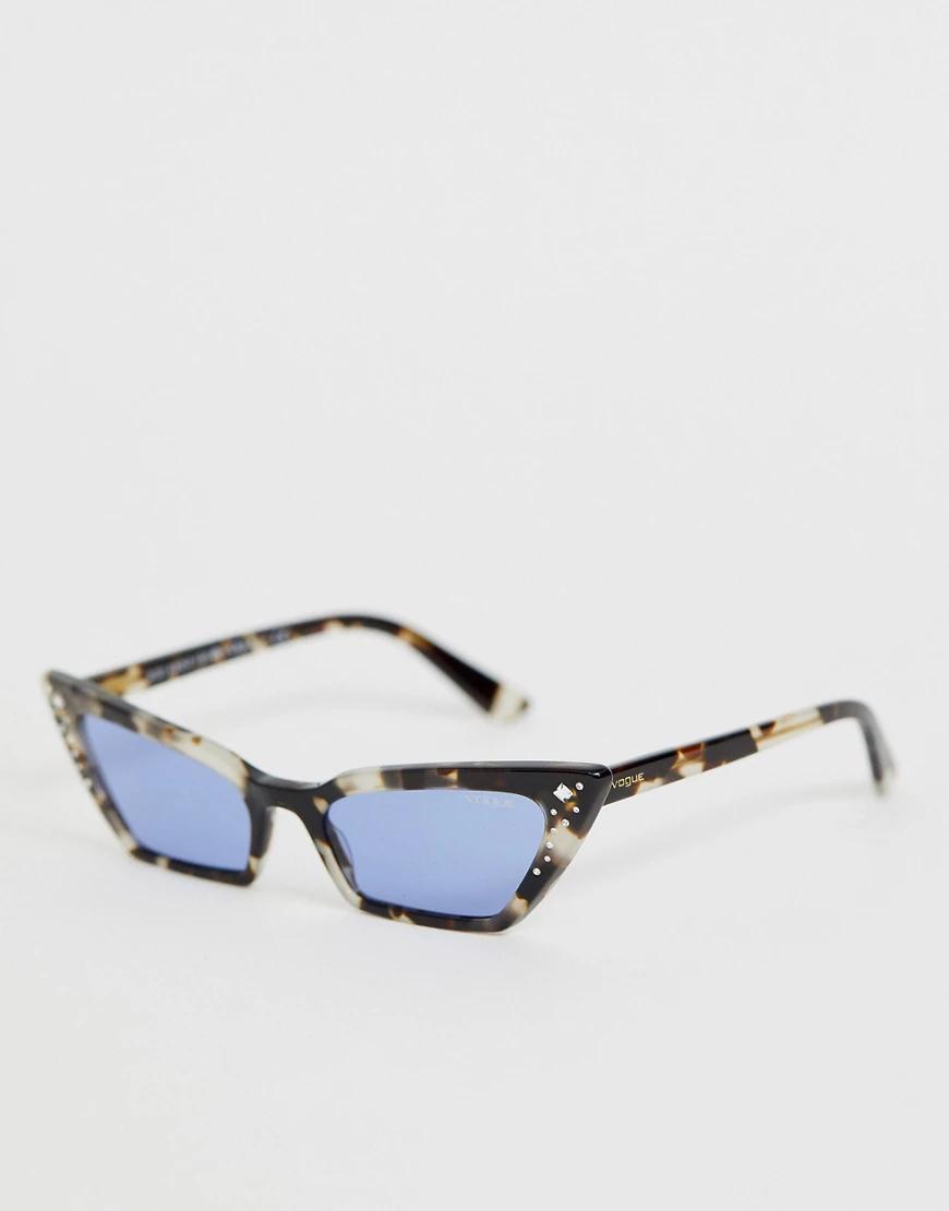 """Vogue   Солнцезащитные очки """"кошачий глаз"""" в черепаховой оправе Vogue Eyewear x Gigi Hadid 0VО5282SB-Коричневый   Clouty"""