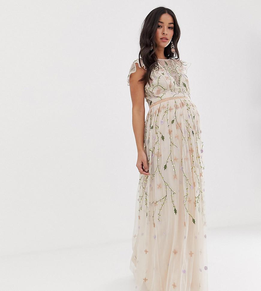 ASOS | Сетчатое платье макси с цветочной вышивкой и пайетками ASOS DESIGN Maternity-Myльтu | Clouty