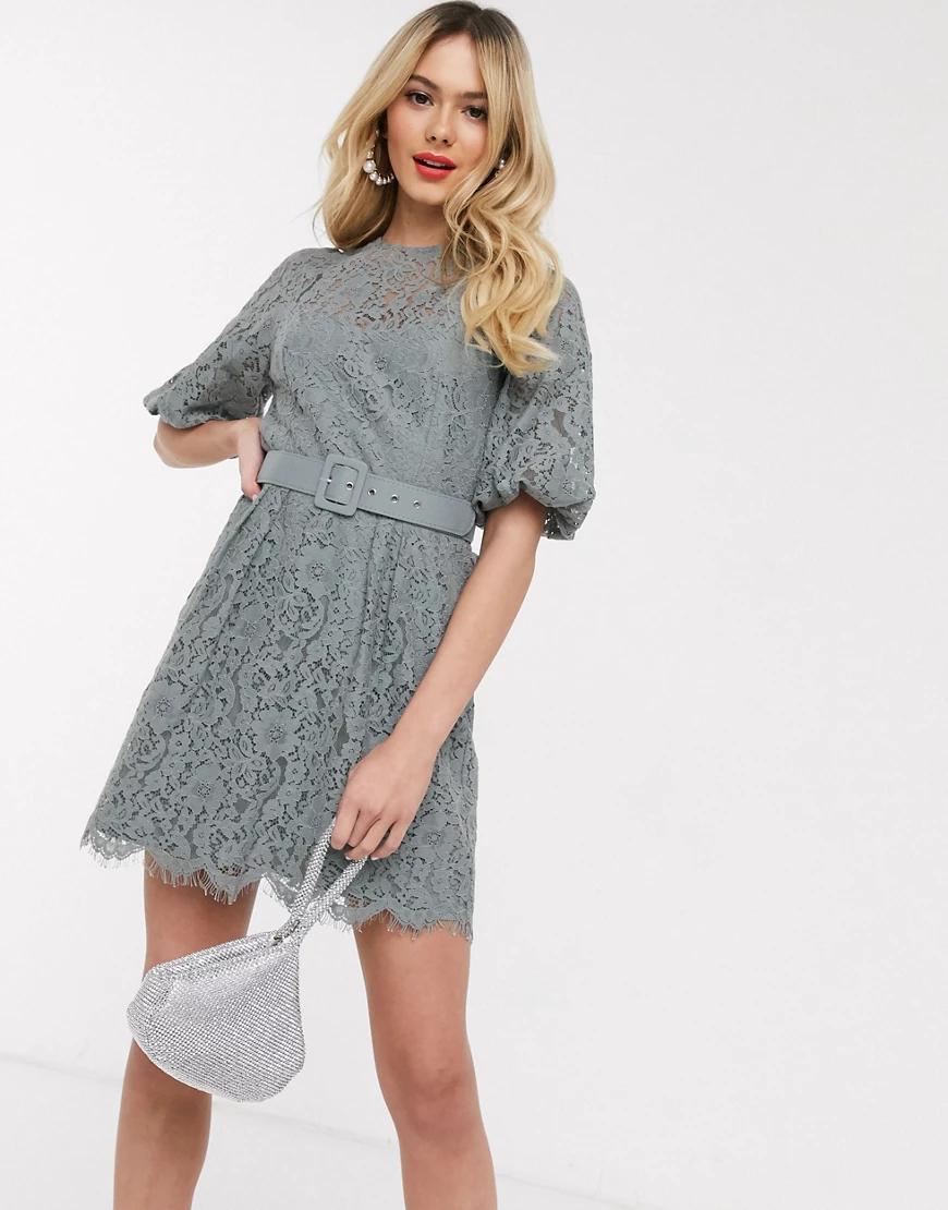 Little Mistress | Серое кружевное платье мини с поясом Little Mistress-Cepый | Clouty