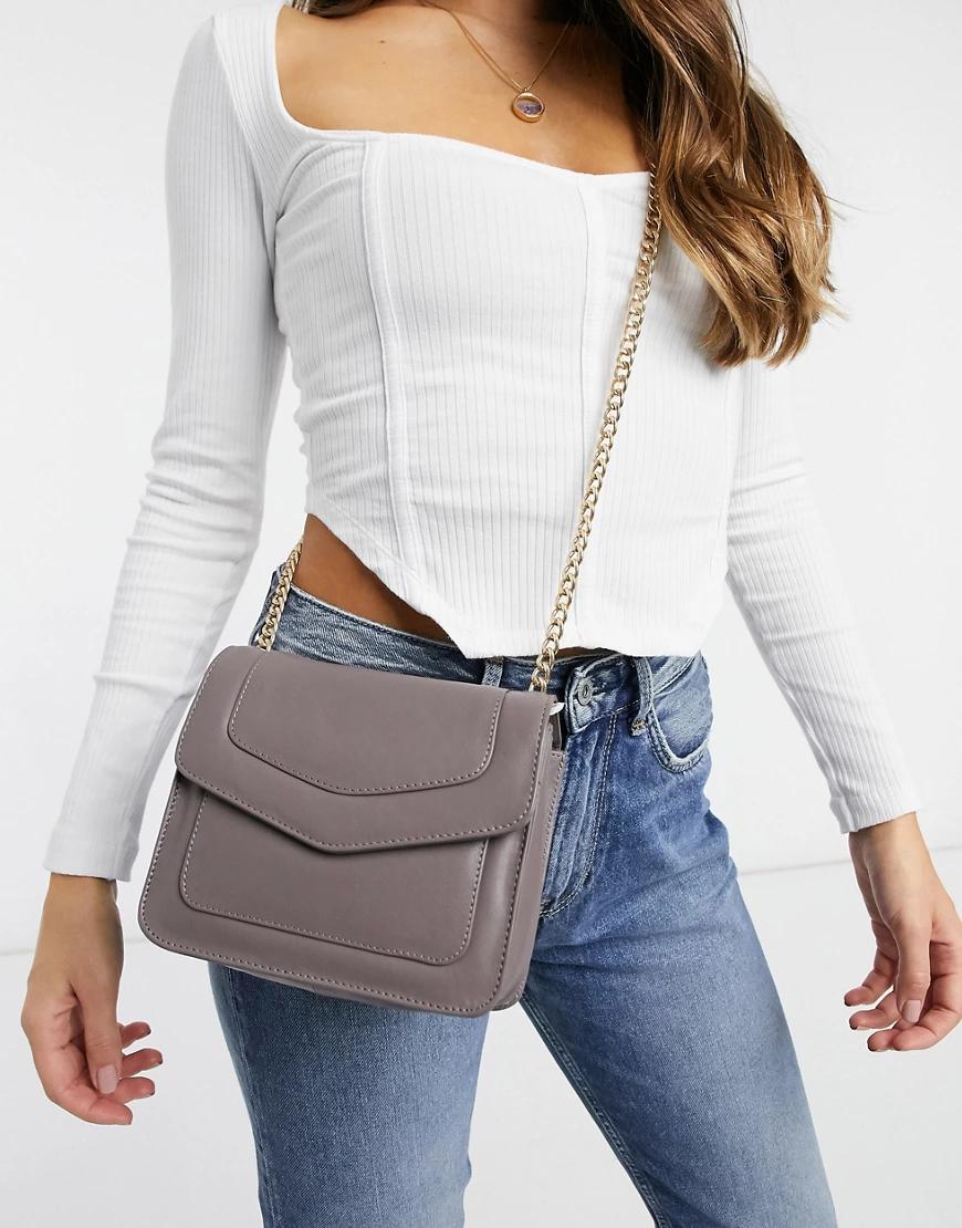 Urbancode | Серо-коричневая кожаная сумка через плечо с золотистой цепочкой Уrbапсоdе-Коричневый | Clouty