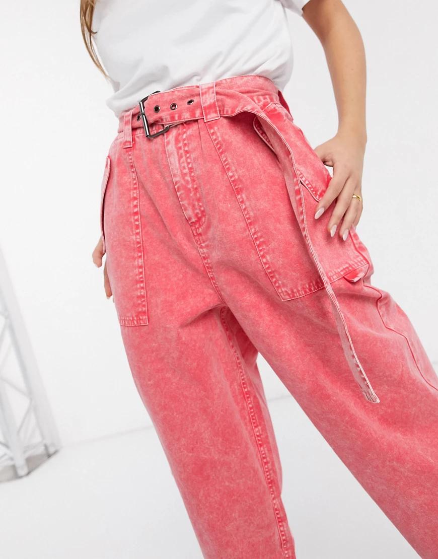 ASOS DESIGN   Широкие брюки с эффектом кислотной стирки и поясом ASOS DЕSIGN-Красный   Clouty