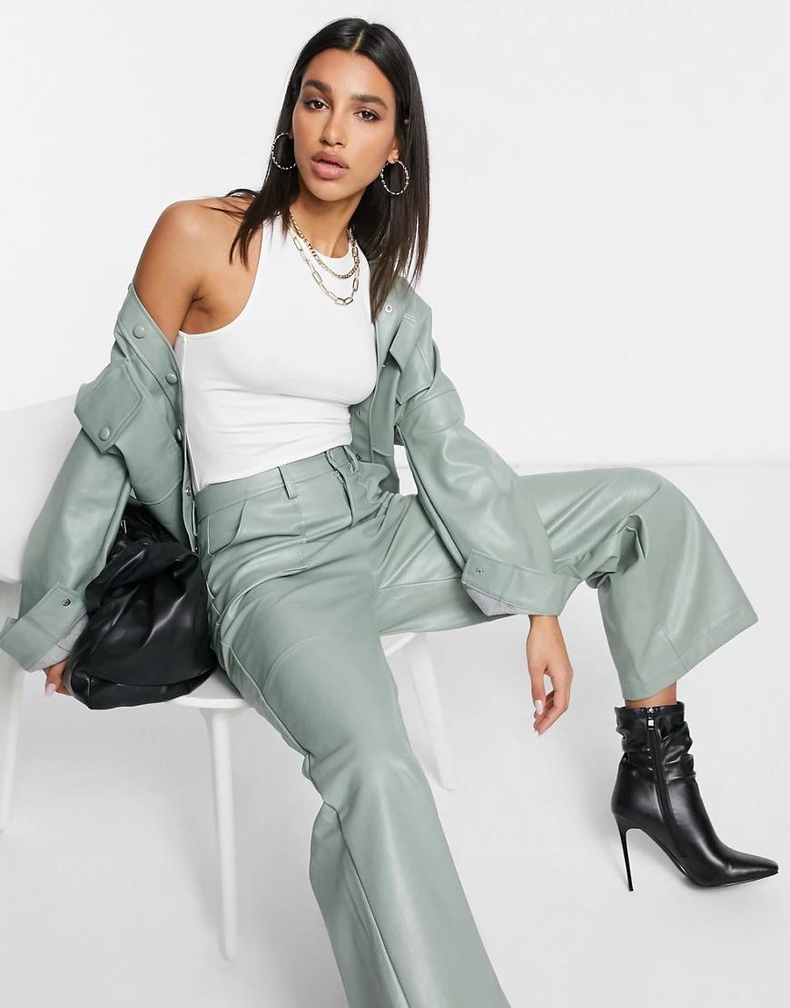 Neon Rose | Свободные брюки с широкими штанинами из искусственной кожи от комплекта Neon Rоsе-Зеленый | Clouty