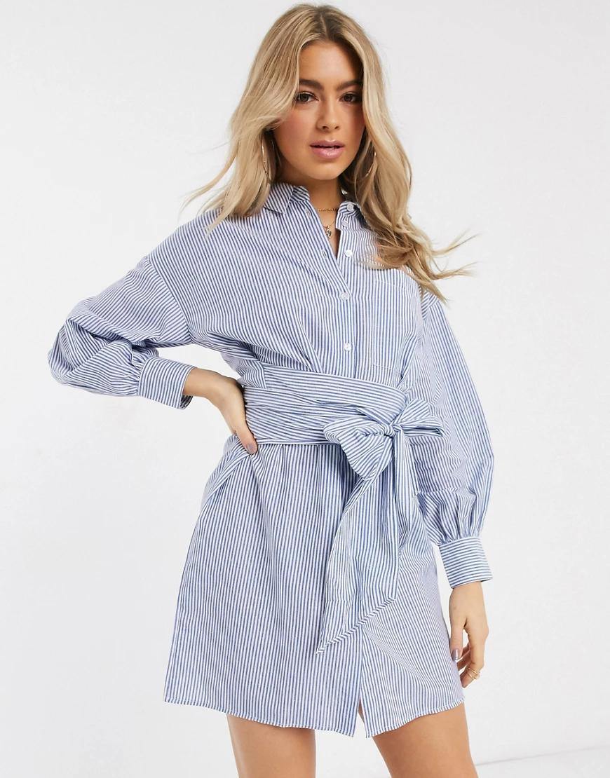 ASOS DESIGN | Полосатое платье-рубашка мини в стиле oversized с запахом и поясом ASOS DESIGN-Мульти | Clouty