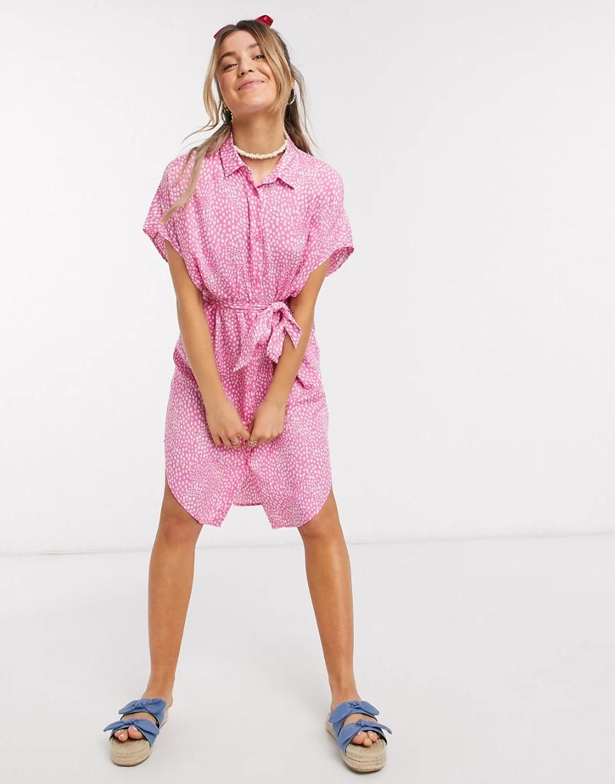 Monki | Розовое платье-рубашка в горошек с поясом Мопкi-Розовый | Clouty