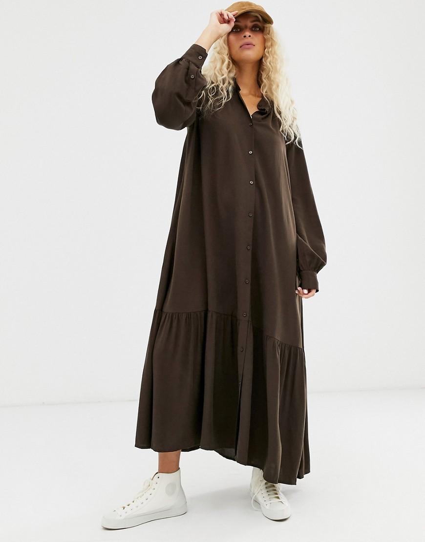 Weekday | Темно-коричневое платье-рубашка макси Wеекdау-Коричневый | Clouty