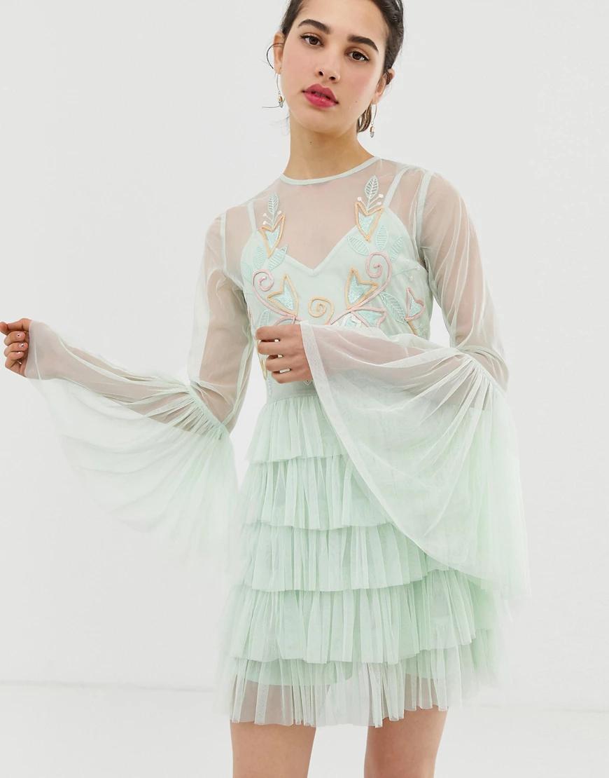 ANGELEYE   Ярусное платье миди с длинными рукавами и отделкой AngelEye-Зeлeный   Clouty