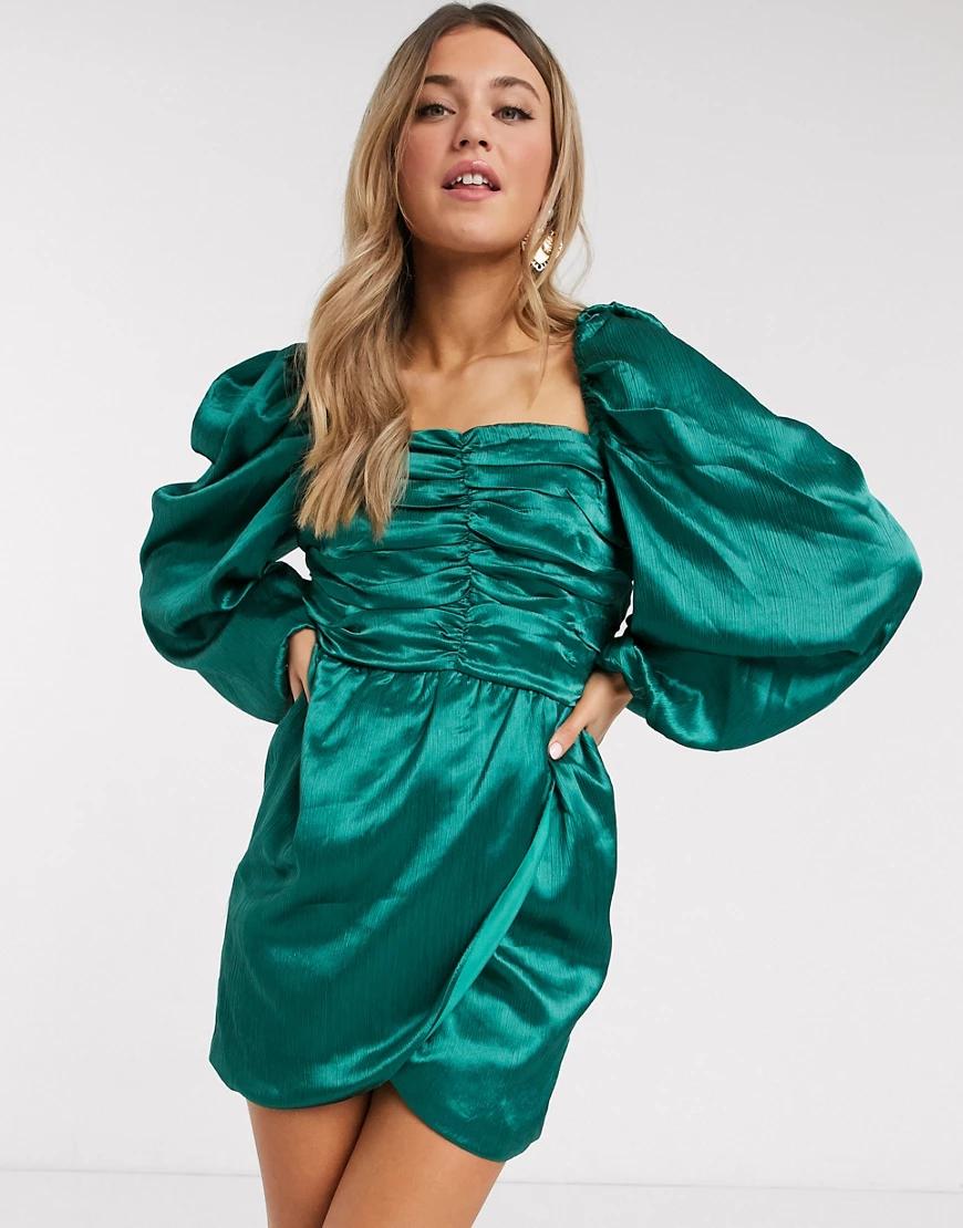 In The Style | Зеленое атласное платье мини с пышными рукавами In The Style x Lorna Lихе-Зеленый | Clouty