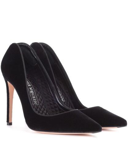 Alexander McQueen | Velvet pumps | Clouty