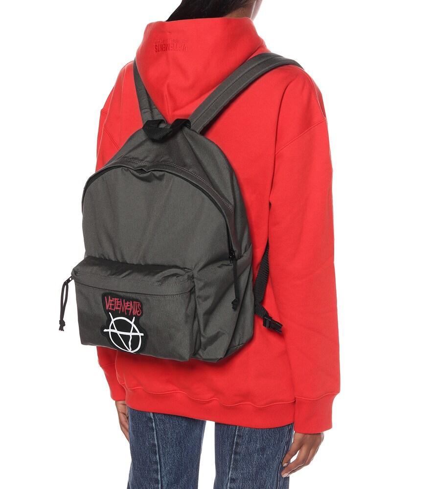 VETEMENTS | Logo nylon backpack | Clouty