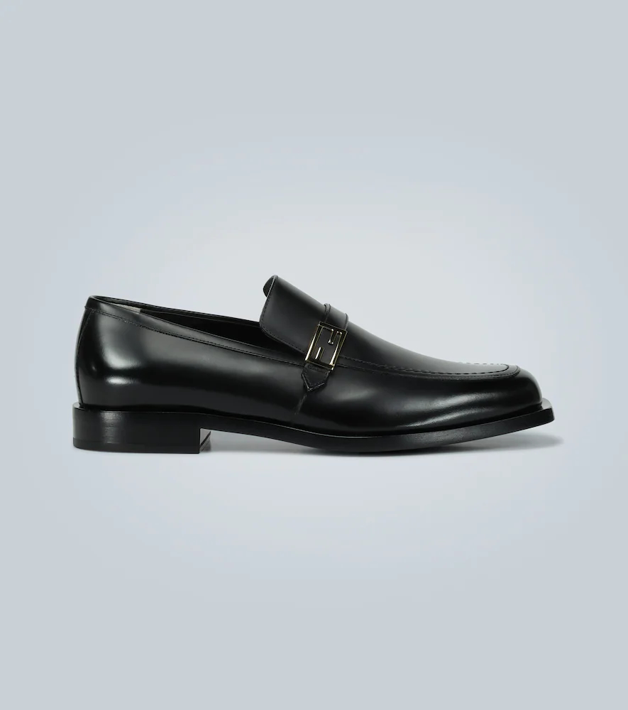 FENDI | Leather loafers with logo | Clouty