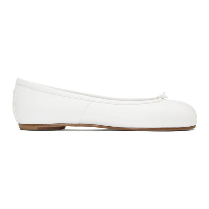 Maison Margiela | Maison Margiela White Tabi Ballerina Flats | Clouty