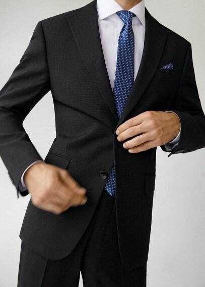 MANGO | Костюмный пиджак regular fit с мелкой фактурной выделкой - Janeiro | Clouty